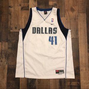 Dirk Nowitzki Vintage Dallas Mavericks Nike Jersey